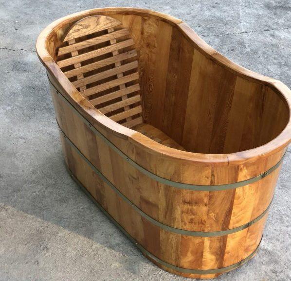 Đặc điểm của bồn tắm gỗ thanh lý
