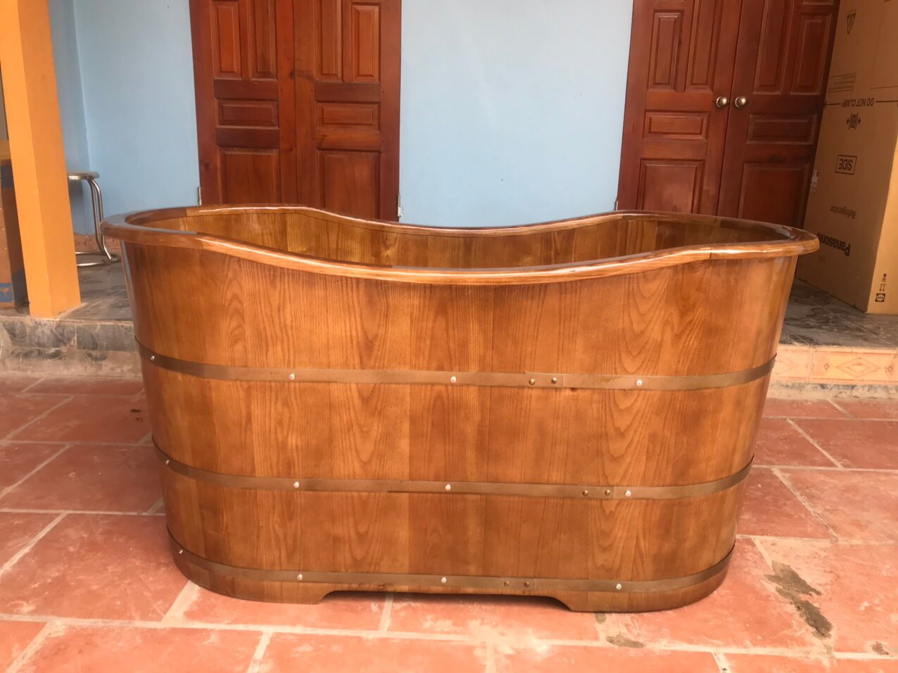 Giá bồn tắm gỗ