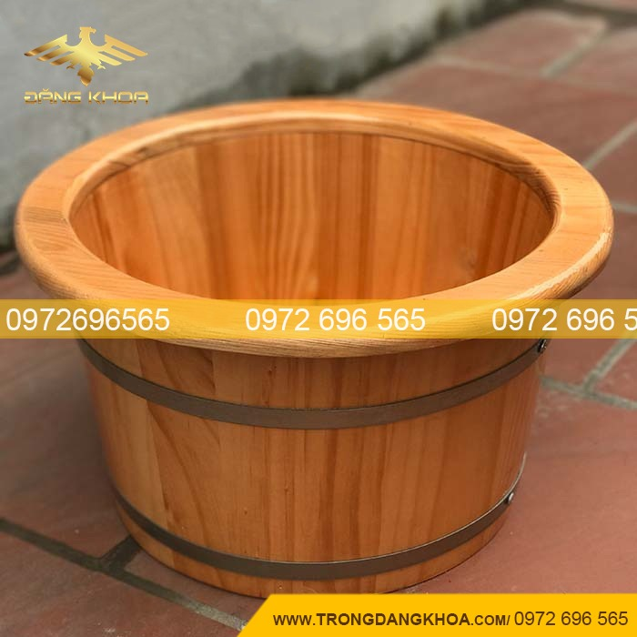 Kiểm tra chất lượng của chậu gỗ ngâm chân